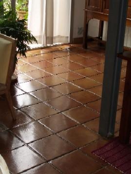 Tratamiento limpieza y abrillantado de suelos de barro cocido - Suelos barro cocido ...